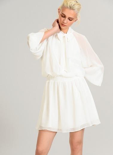 People By Fabrika Yakası Bağlamalı Şifon Elbise Beyaz